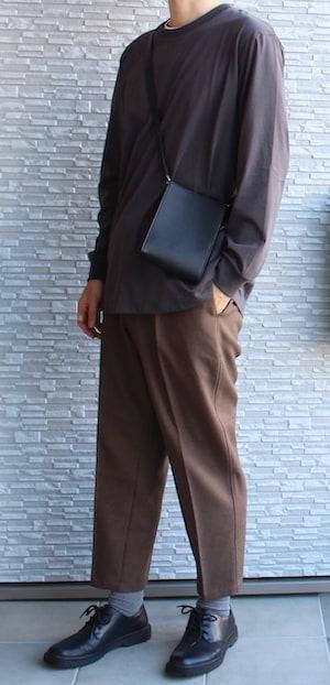 GU ジーユー ユニクロ ワイドテーパードタックイージーアンクルパンツ(セットアップ可能) エアリズムコットンUVカットクルーネックT(長袖) ミニショルダー ブラウン BROWN